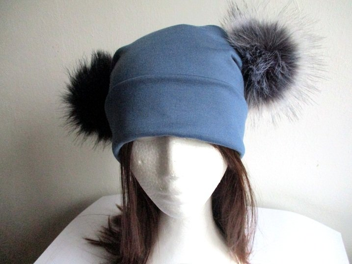 jersey square beanie with two faux fur pom poms in two layers, pdf sewing pattern and photo tutorial, adult to baby (10 sizes)